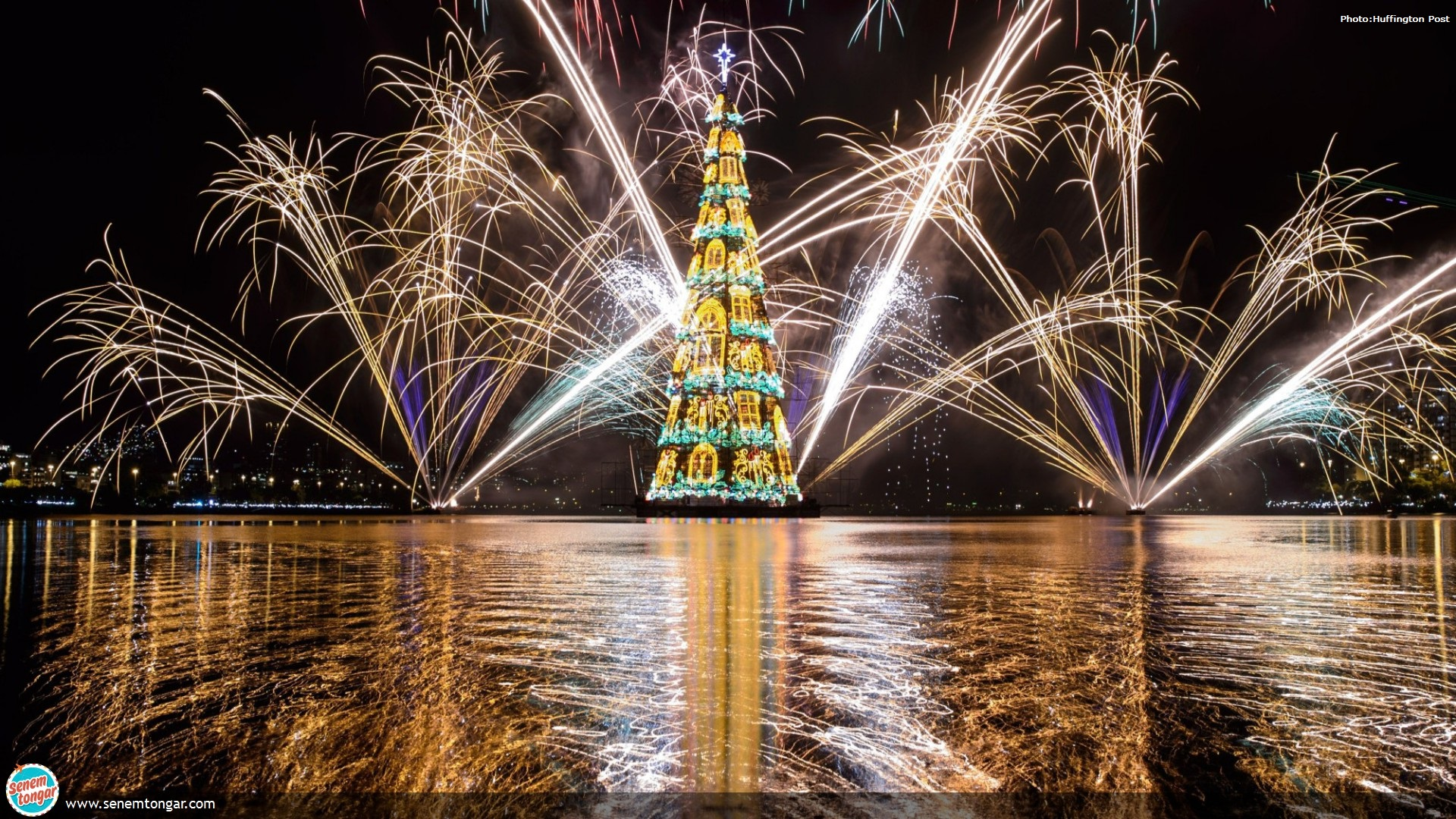CHRISTMAS-TREE-huffigtonpost_rio